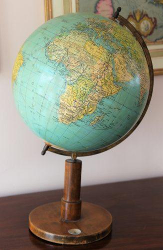 Old globe in Dutch (33 cm diameter) by Prof Dr A Krause, ca 1930