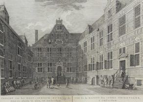 Old view of the courtyard of the headquarters of the Dutch East India Company in Amsterdam by Fouquet jr., 1783/1805